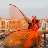 Maschera veneziana rossa di carnevale Fotografia Stock Libera da Diritti