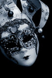 Maschera veneziana sopra il nero Fotografie Stock Libere da Diritti