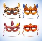 Maschere di carnevale con le piume, partito di travestimento royalty illustrazione gratis
