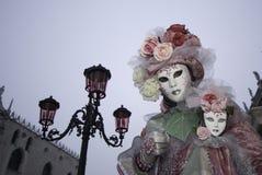 Mascherina di carnevale in Venezia immagine stock libera da diritti