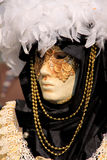 Mascherina di Venecian Carneval Ostruire-Bianca fotografie stock libere da diritti