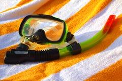 Mascherina e tubo per un'immersione con bombole Immagini Stock Libere da Diritti
