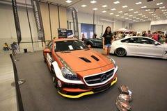 Maschine, die Mercedes angezeigt an der 3. Ausgabe von MOTO-ZEIGUNG in Krakau abstimmt Lizenzfreie Stockbilder