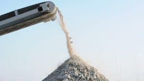 Maschine für die Zerquetschung des Steins stock footage