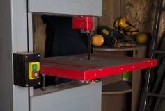 Maschine für geschnittenes metall Industrieller Hintergrund Lizenzfreies Stockfoto