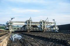 Maschine im Kohlenvorrat Stockbild
