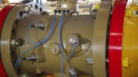 Maschinenpumpen-Wasser?berblick oder Querschnitt Ausr?stung szene Gro?e Rohrnahaufnahme stock footage