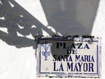 Maschinenschild von Santa Maria Mayor Plaza lizenzfreie stockfotos