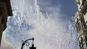 Mascleta, фейерверки на Las Fallas в Валенсии акции видеоматериалы
