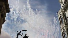 Mascleta, feux d'artifice chez Las Fallas à Valence banque de vidéos
