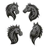Mascota negra de la cabeza de caballo con el ornamento tribal stock de ilustración