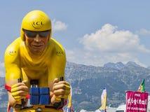 Mascotte de cycliste de jaune de LCL Photos libres de droits