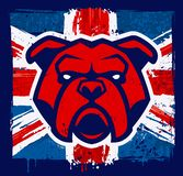 Mascotte del bulldog sulla bandiera britannica di lerciume royalty illustrazione gratis