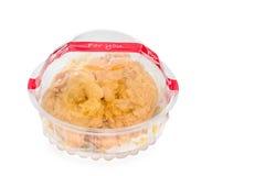 Maseł ciastka w plastikowym pudełku odizolowywającym na białym tle Zdjęcia Stock