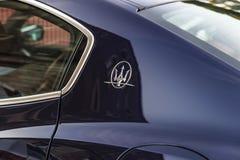Maserati-autoembleem in Rome, Italië Stock Foto
