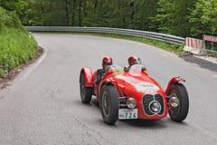 Maserati A6 GCS (1948) kör i Mille Miglia 2013 Arkivfoton