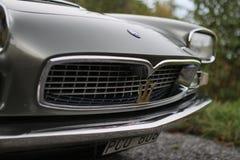 Maserati Quattroporte 1965 - Close-up van de voorzijde stock foto's