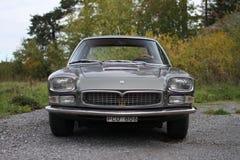 Maserati Quattroporte 1965 - frente fotos de archivo