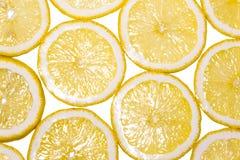 Masern Scheiben der frischen gelben Zitrone Hintergrundmuster Stockfoto