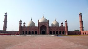 Masjid de Badshahi Foto de archivo libre de regalías