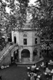 Masjid of moskee bij binnenplaats van historische Koza Han in Slijmbeurs, Turkije stock fotografie