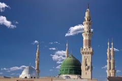 masjid nabavi圆顶和尖塔  免版税库存照片