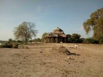 Masjid près de lac de khan photographie stock