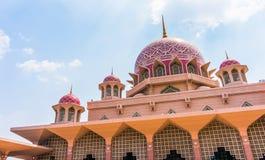 Masjid Putra Royaltyfria Bilder