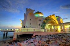 Masjid Selat Melaka (mezquita de los estrechos) Fotos de archivo