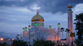 Masjid Sultan Omar Ali Saifuddin Mosque in Brunei lizenzfreie stockfotos