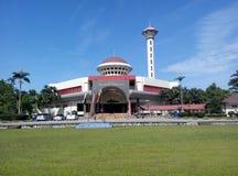 Masjid Universiti Putra Malaysia på Serdang, Selangor, Malaysia Arkivbild