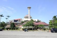 Masjid Universiti Putra Malaysia på Serdang, Selangor, Malaysia Royaltyfri Fotografi