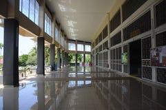 Masjid Universiti Putra Malaysia på Serdang, Selangor, Malaysia Fotografering för Bildbyråer