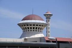 Masjid Universiti Putra Malaysia på Serdang, Selangor, Malaysia Royaltyfria Foton