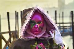 Maska będąca ubranym jako część festiwalu w Wenecja Fotografia Stock