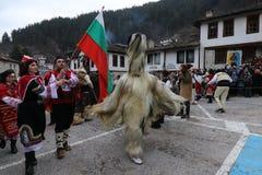 Maskeradefestival in Shiroka-laka, Bulgarien lizenzfreie stockfotos