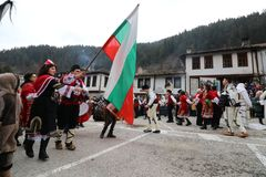 Maskeradfestival i den Shiroka lakaen, Bulgarien royaltyfri bild