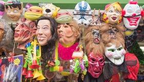Maskers in een opslag Stock Foto