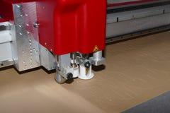 Maskin för Cnc-pappersskärare arkivbilder