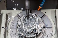 Maskin för MetalworkingCNC-malning som klipper modern processin för metall Arkivbild