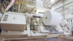 Maskin för stor utskrift i en utskrivande fabrik stock video