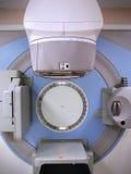 Maskin för utstrålningsterapi royaltyfria bilder