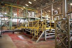 Maskineri i fabrik av mineralminen Arbetsområde i fabrik Arkivbilder