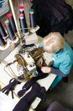 Maskineri och utrustning i en design för inre för snurrproduktionföretag Textiltyg royaltyfri fotografi