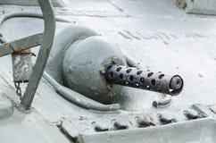 Maskingevär av behållaren Arkivfoton