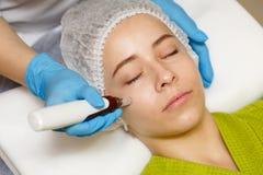 Maskinvarucosmetology Mesotherapy royaltyfri bild