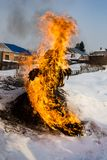 maslenitsa异教的斯拉夫的仪式的传统  免版税库存照片