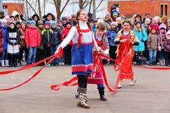 Maslenitsa, des vacances traditionnelles de ressort en Russie Photo stock
