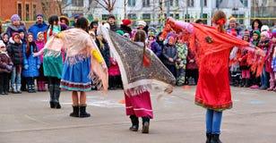 Maslenitsa, des vacances traditionnelles de ressort en Russie Image stock