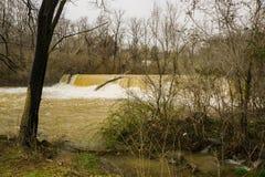 Mason Creek Dam al livello di piena fotografie stock